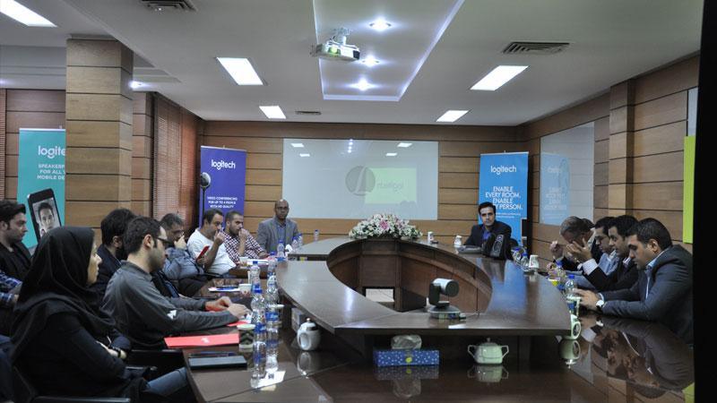 یک موقعیت تجاری پیش روی بازار کامپیوتر ایران