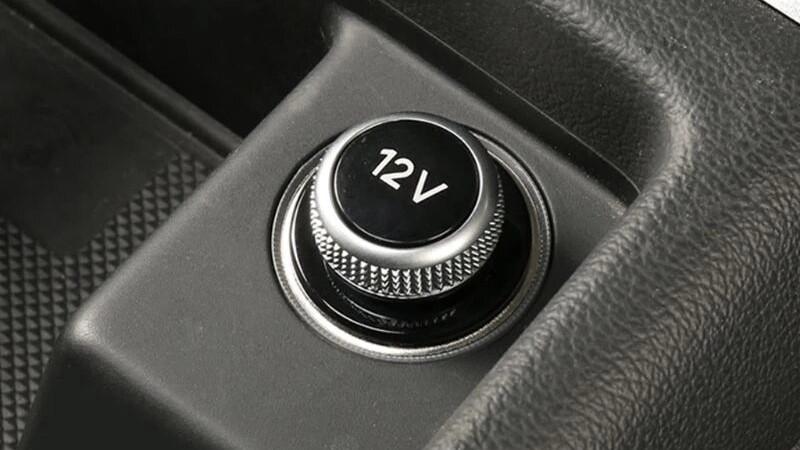 شارژر فندکی خودرو چیست